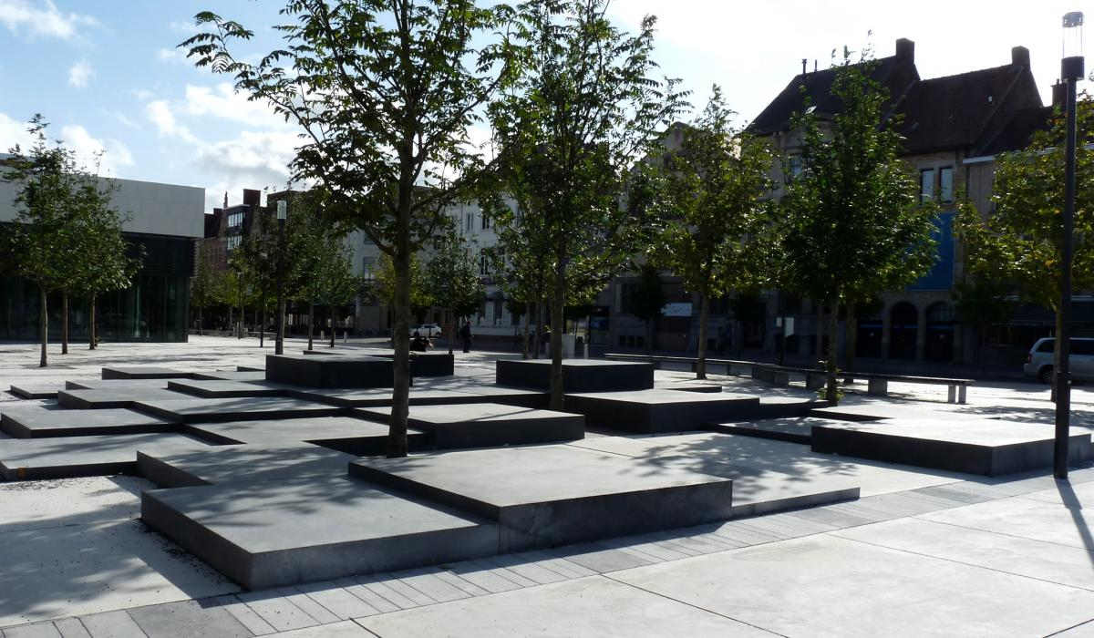 Roeselare - stationsomgeving