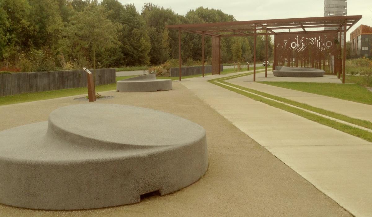 Bench Round 2, design Roel Vandebeek