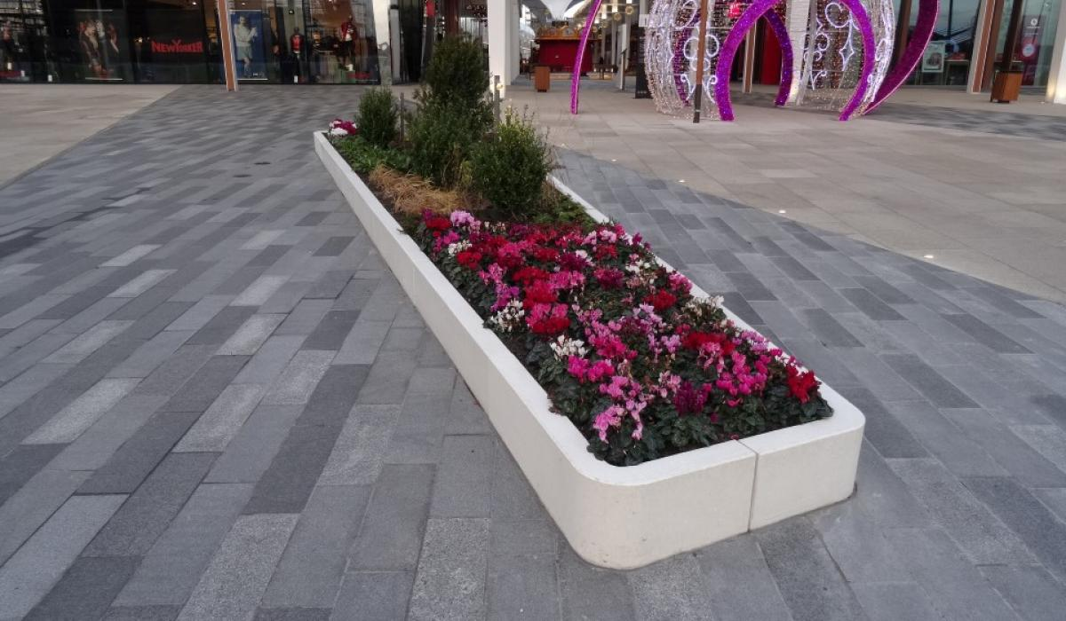 Custom Planter for Ruhr Park shopping center Bochum