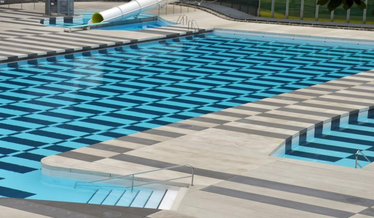 Open-air swimming-pool Loverval - Marcinelle - Charleroi
