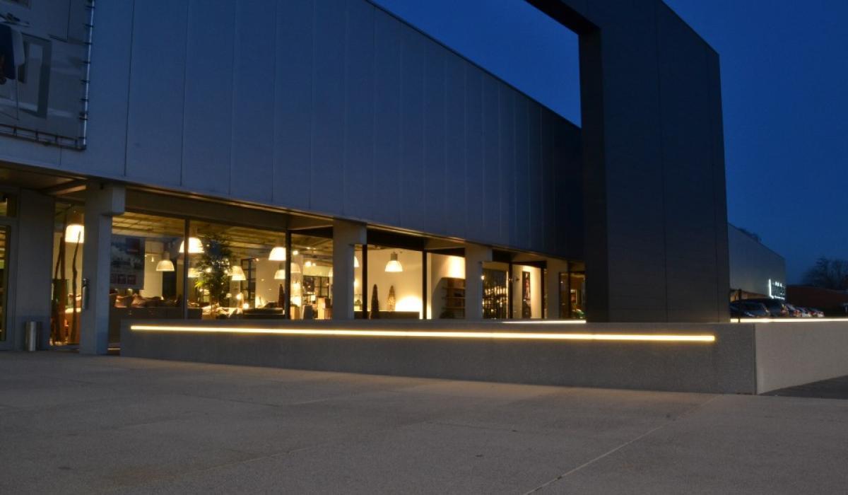 Top Interieur shop LED light