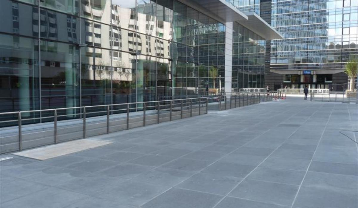 Tour First large size concrete tilings