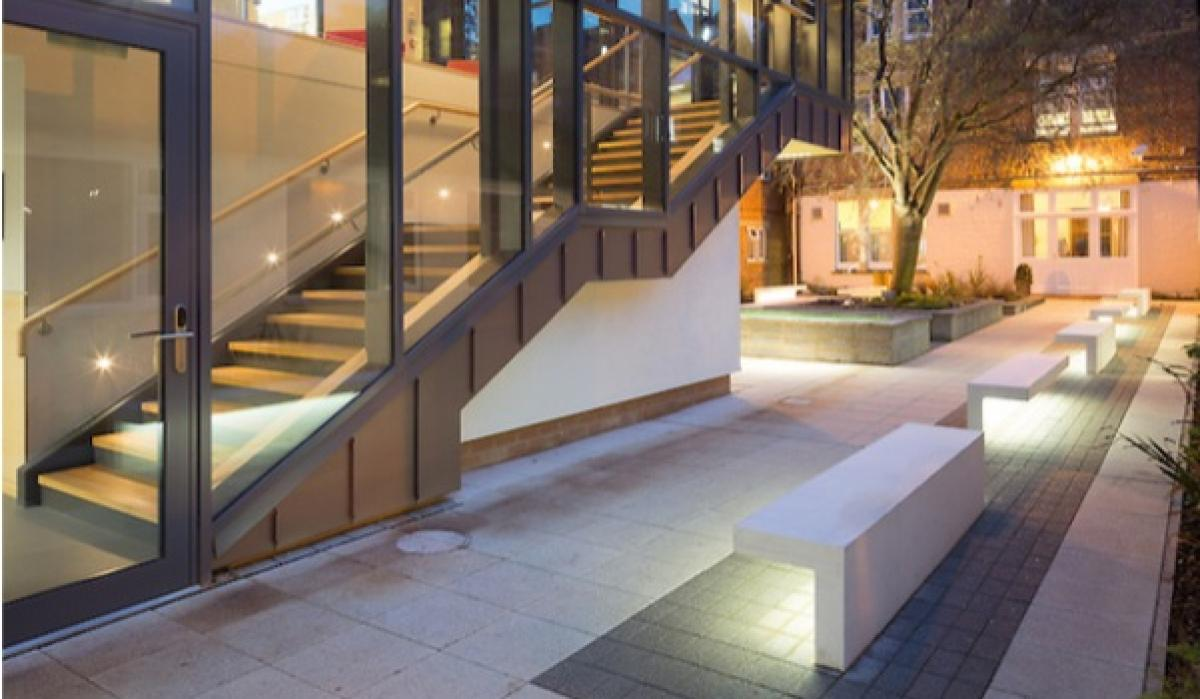 St-Clares College, LED benches, Oxford