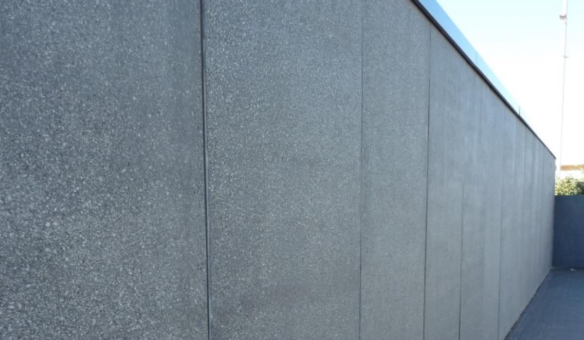 Rocheplein Retaining walls