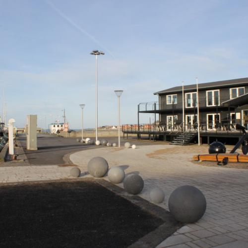 Port end of Lemvig, Round bollards