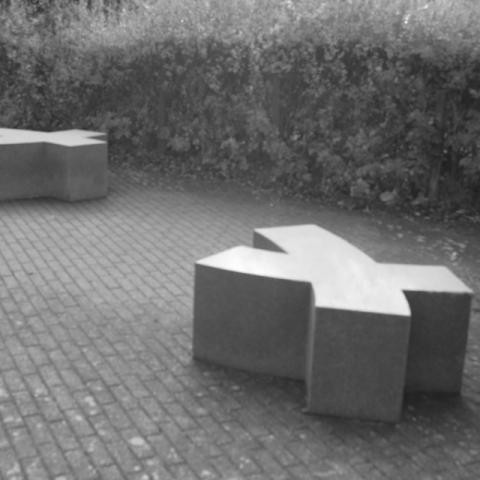Hysk benches