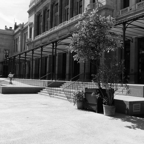 dalles de grande format pour la salle des Fêtes Reine Elisabeth à Anvers, BELGIQUE