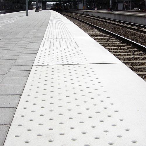Platform Edges URBAXXES