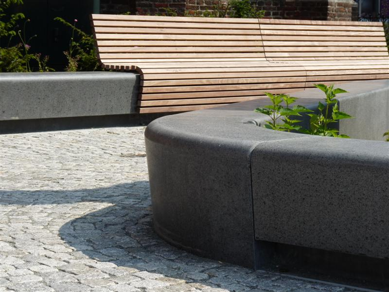 big market square urbastyle. Black Bedroom Furniture Sets. Home Design Ideas